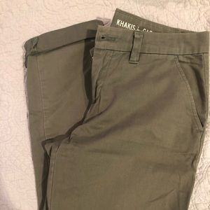 "EUC ""Khakis"" by Gap, Olive Green, size 0"